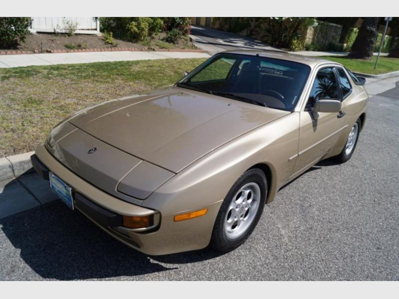 1985 porsche 944 for sale classic car ad from. Black Bedroom Furniture Sets. Home Design Ideas