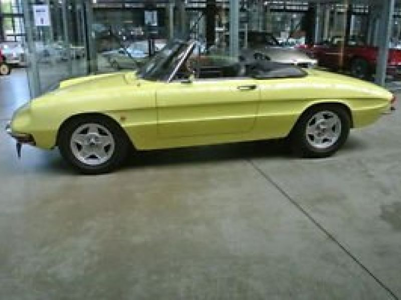 1968 alfa romeo spider for sale classic car ad from. Black Bedroom Furniture Sets. Home Design Ideas