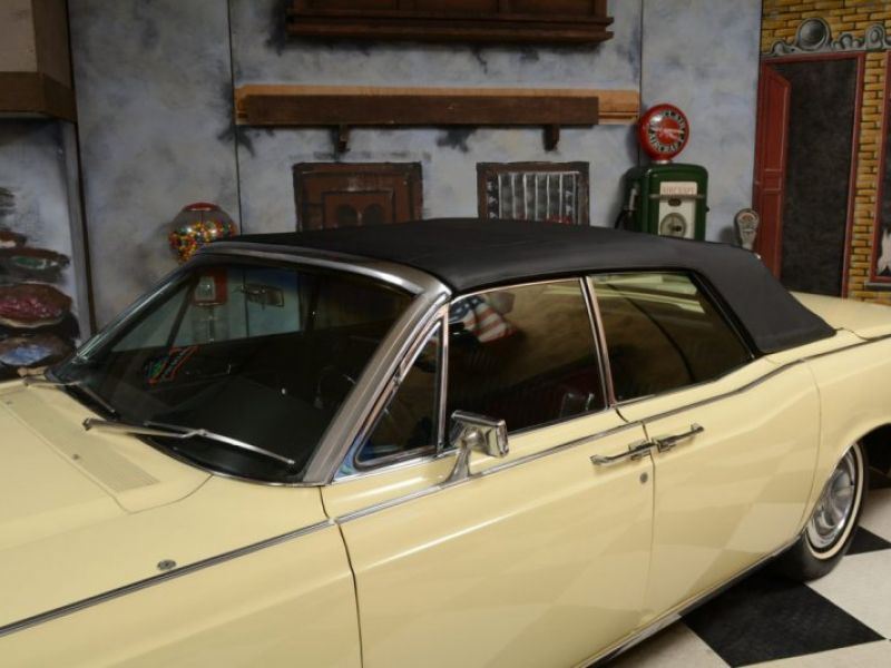 1966 lincoln continental convertible suicide doors for sale classic car ad. Black Bedroom Furniture Sets. Home Design Ideas