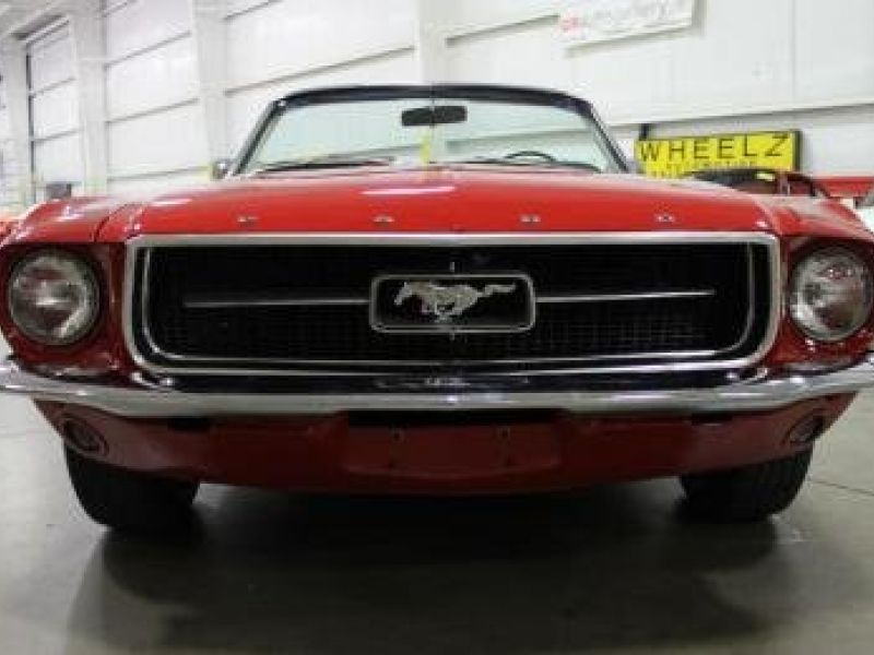 1967 ford mustang vendre annonces voitures anciennes. Black Bedroom Furniture Sets. Home Design Ideas
