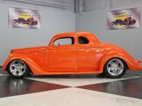 1935 Ford, 5-Window Coupe