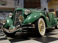 1935 Auburn, 851 Dual-Ratio Phaeton Sedan