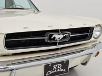 1965 Ford, Mustang Coupe / Top Restauriert