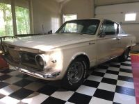 1965 Plymouth, Barracuda